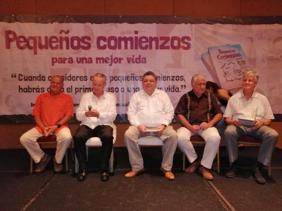 """""""Pequeños comienzos para una mejor vida"""" Libro autobiográfico de Don Arnulfo Ortega Contreras"""