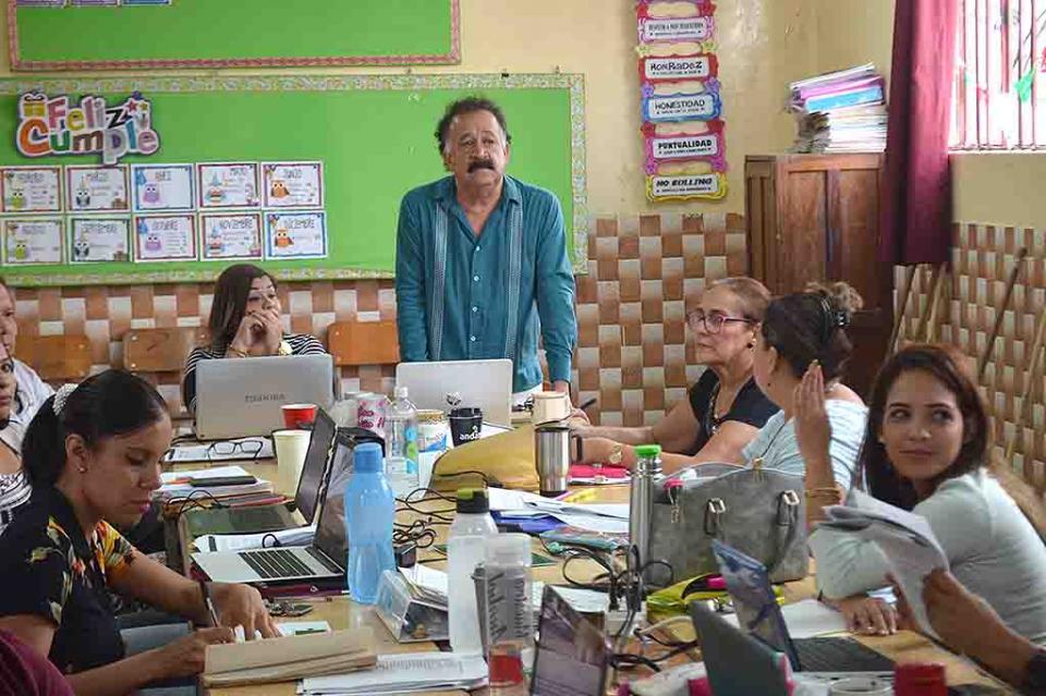 Gestiona Jefe del Sector 18 dela SEP Normal para maestros