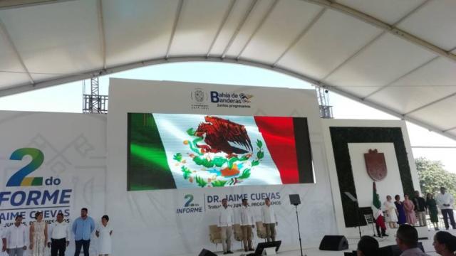 Presente gobernador de Nayarit Antonio Echeverría en 2do informe del alcalde de Bahía de Banderas