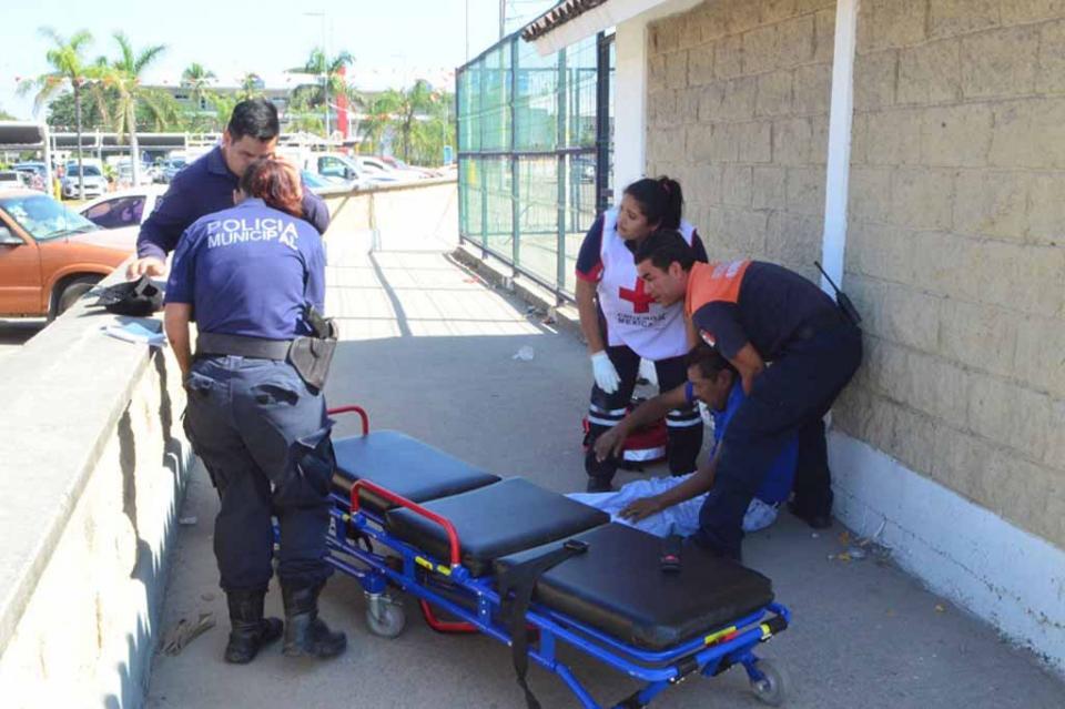 Policía Jubilado fue hallado desangrando del cuello
