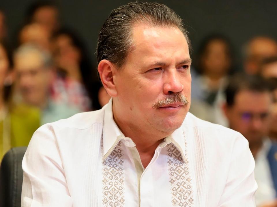 Hospitalizan a Jaime Cuevas, alcalde de Bahía por covid-19