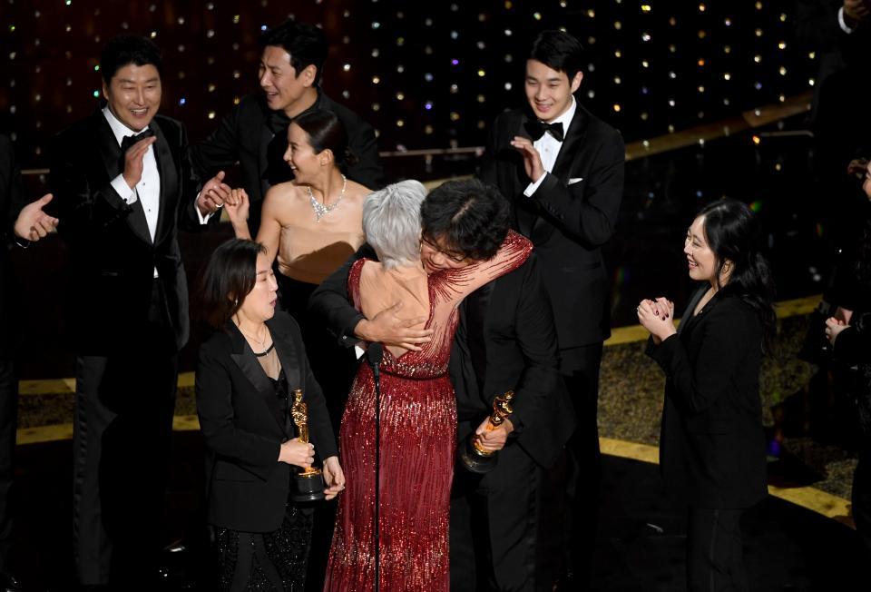 """Corea del Sur domina los premios Oscar; """"Parásitos"""" la gran triunfadora"""
