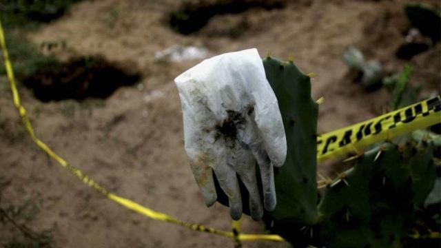 Extraen 60 cuerpos en fosas durante enero en Jalisco