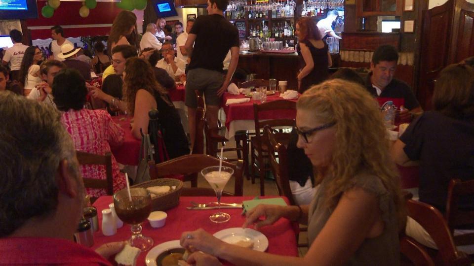 Esperan restaurantes 40 mdp en derrama económica este 14 de febrero