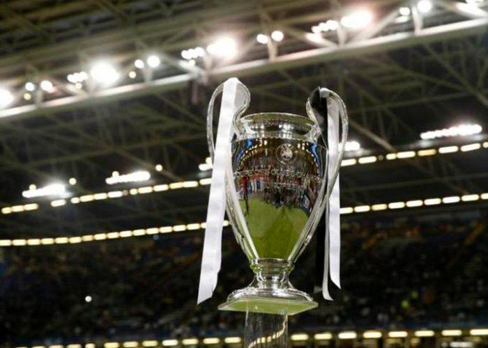 Finales de Champions y Europa League, sin fecha por coronavirus
