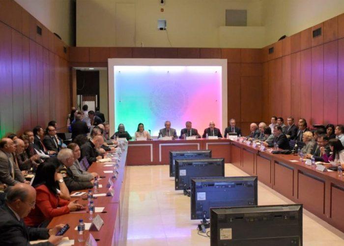 Consejo de Salubridad sesiona para combatir Covid-19