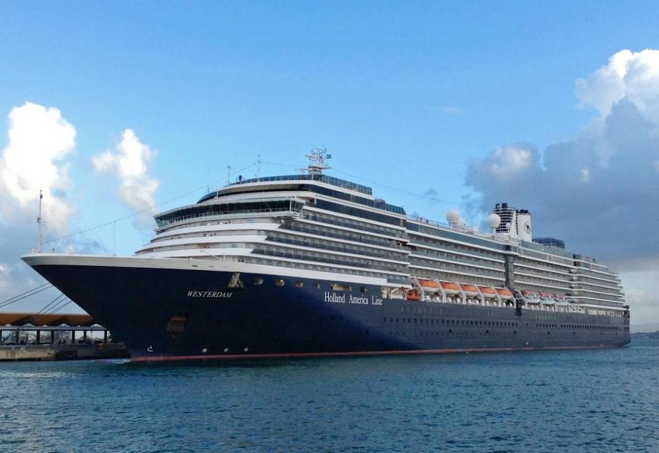 PV recibiría crucero proveniente de Asia rechazado por Mazatlán