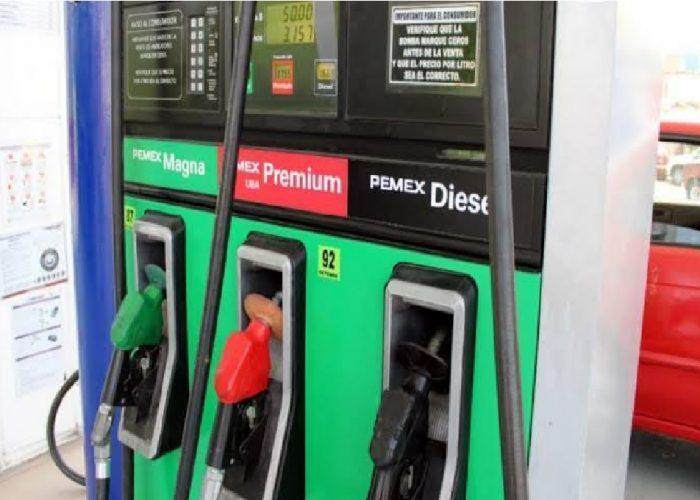 "Profeco pide a gasolineros que ""no se pasen de rosca"""