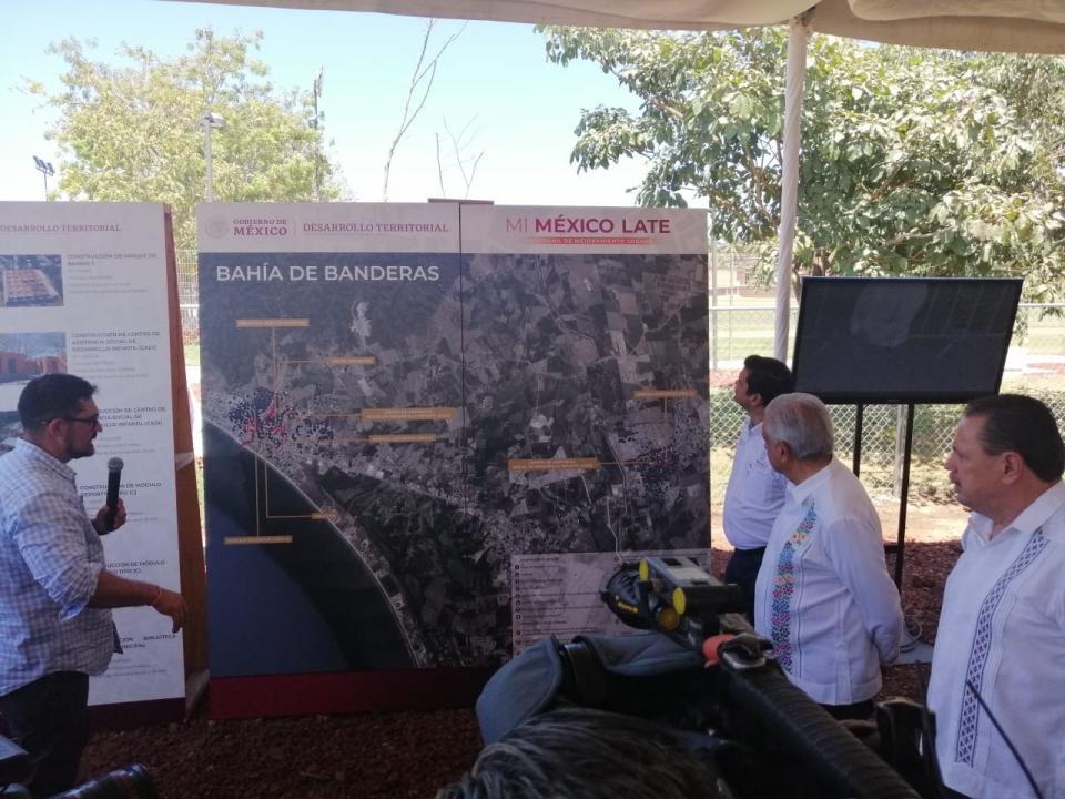 Obras por 450 millones de pesos en Bahía de Banderas trajo AMLO