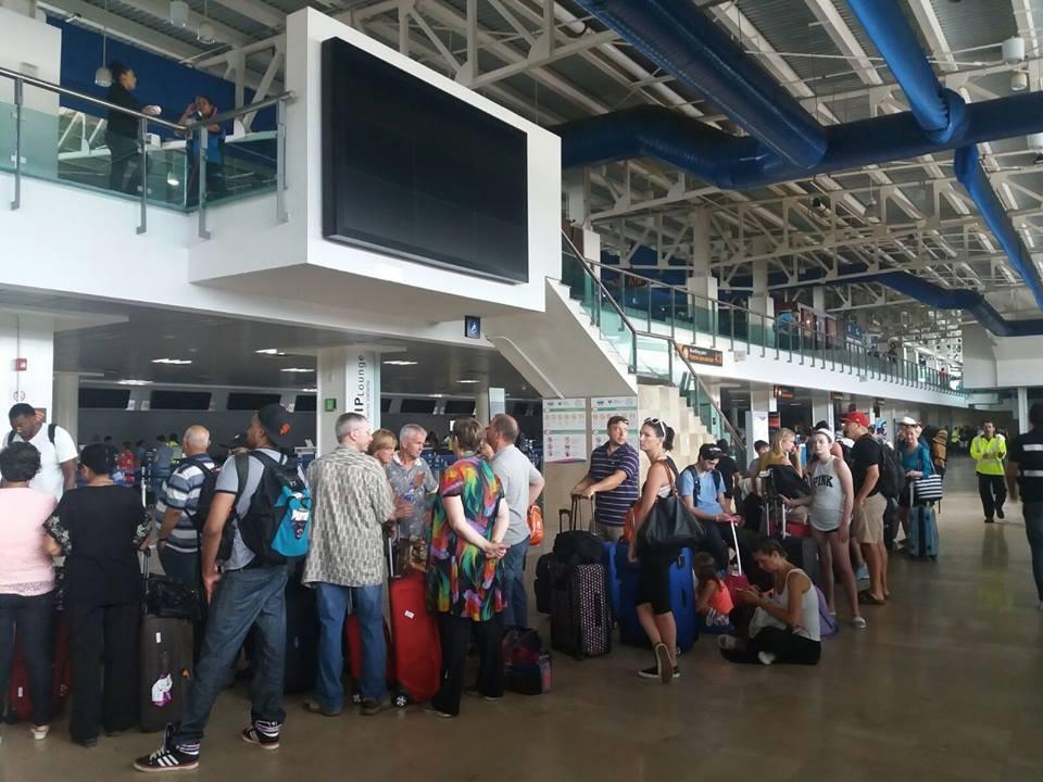 Se suspenderán vuelos de lugares con cercos sanitarios