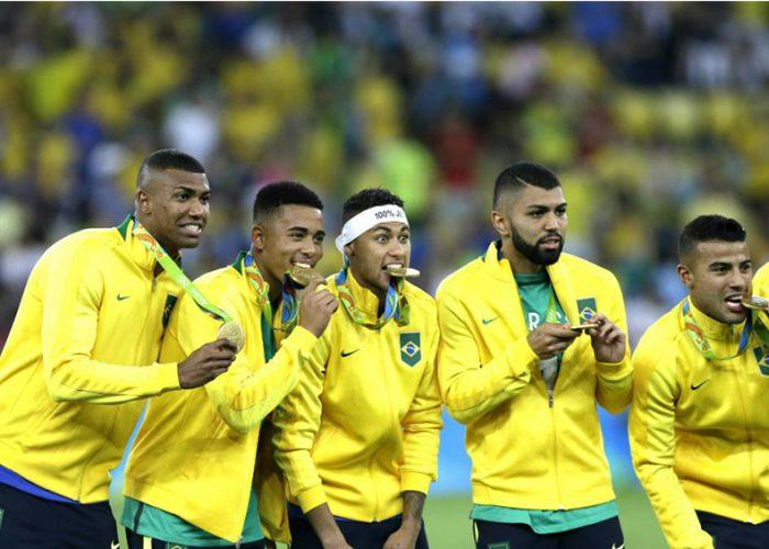 Brasil podría quedarse sin la mitad de su selección de fútbol