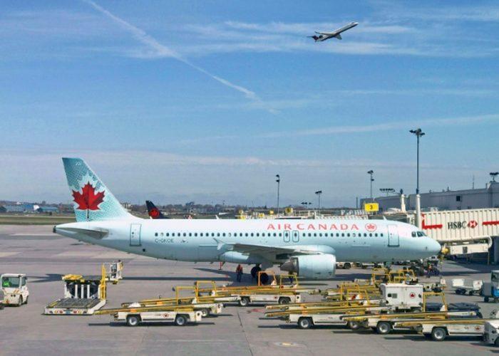 Aerolínea pone en desempleo técnico a la mitad de su plantilla