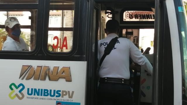 Vialidad municipal realiza operativo tapabocas