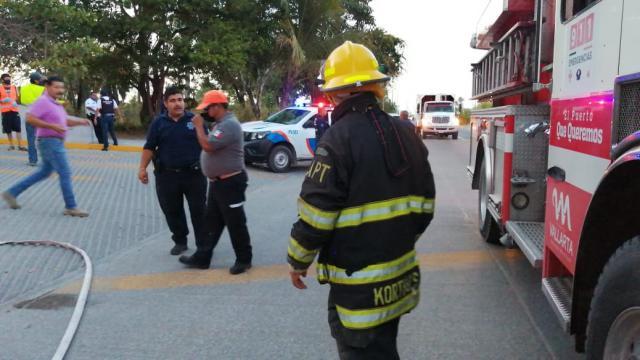 Se incendia camión recolector por la UMA