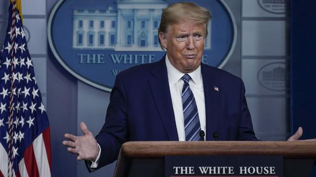 Trump suspenderá migración permanente a EEUU por 60 días