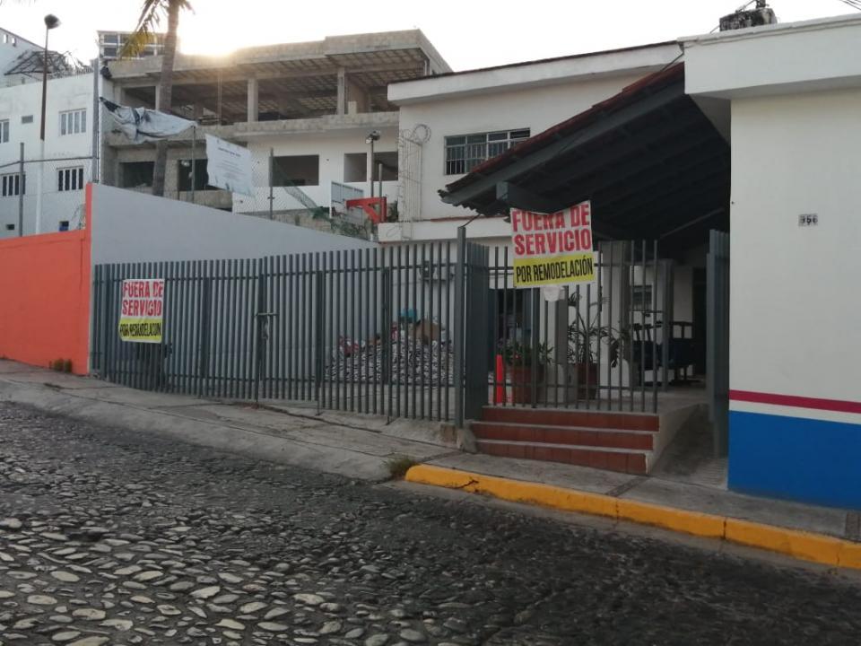 Por remodelación continúa cerrado centro de salud