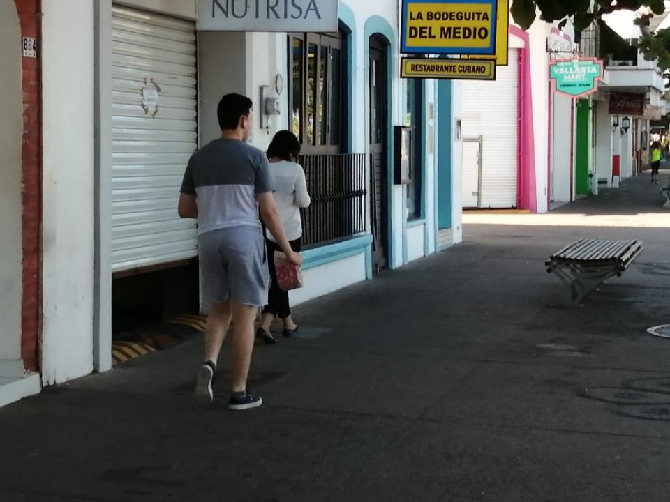 Extranjeros no atienden recomendaciones de quedarse en sus casas