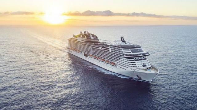 COVID-19 en los mares: 9.000 personas en cruceros varados