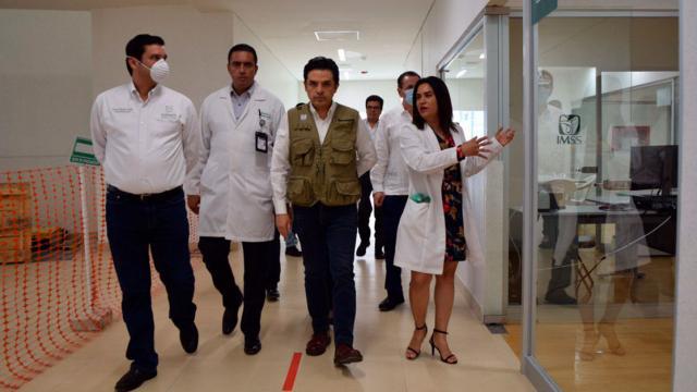 Supervisan Zoé y Echevarría hospital del IMSS