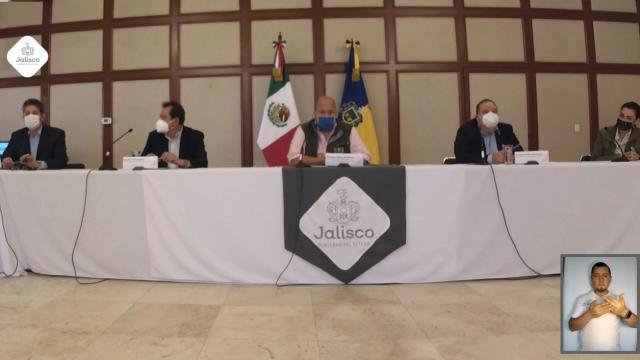 Enrique Alfaro en conferencia de prensa