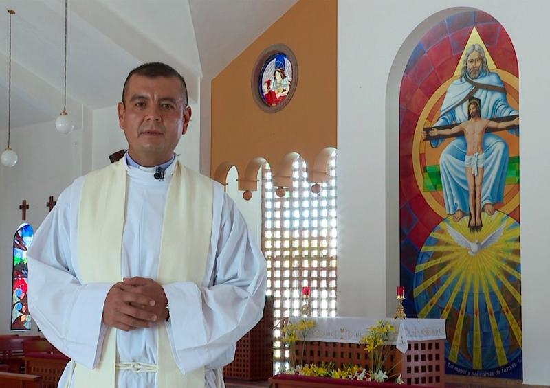 En TV Mar, domingo de la Santísima Trinidad desde La Aurora