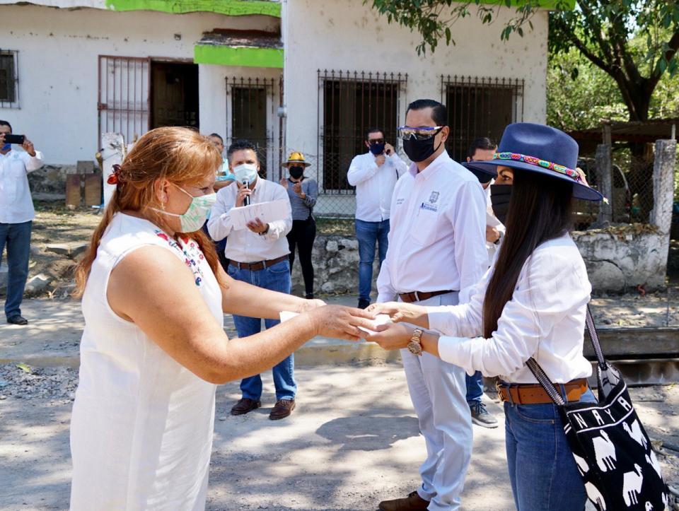 Apoyos económicos en San Blas