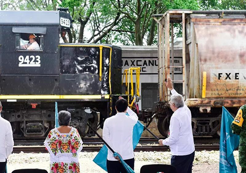 Tren Maya no frena ante pancartas de ambientalistas e indígenas