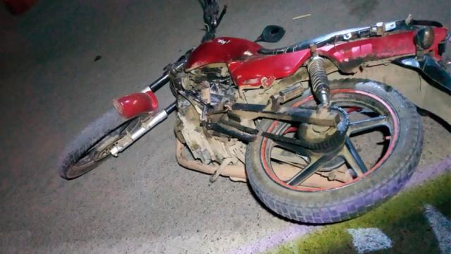 Mujer muere atropellada, presunto responsable huye
