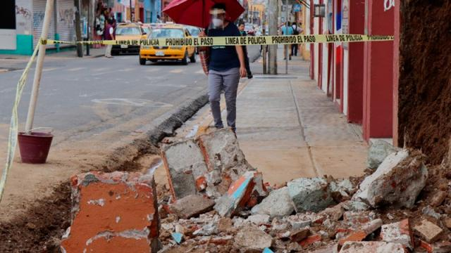 Suman 7 muertos por sismo en Oaxaca; 2 mil viviendas afectadas