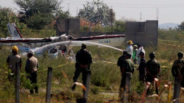 Fallecen 6 personas al desplomarse avioneta en Chihuahua