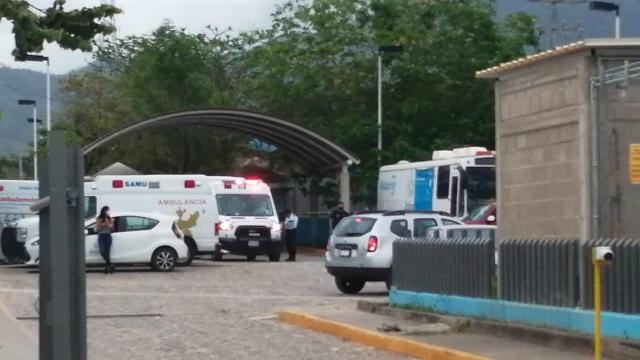Ambulancias dentro del Hospital Regional