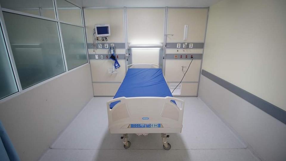 Cama especial para atención de pacientes Covid
