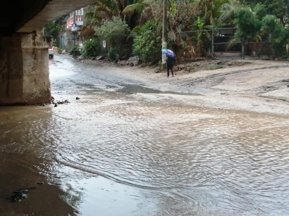 Avenida inundada