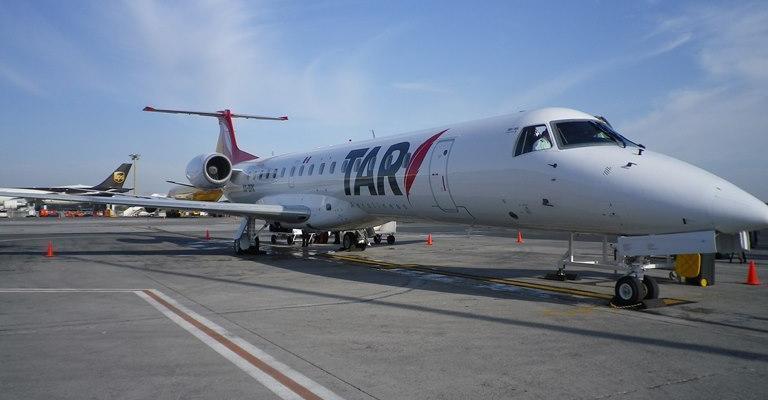 Avión de aerolínea TAR