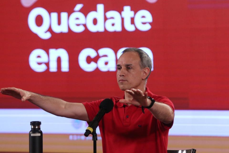 Mexico esta a punto de llegar a la cifra de 300 mil infectados en la foto Hugo Lopez Gatell