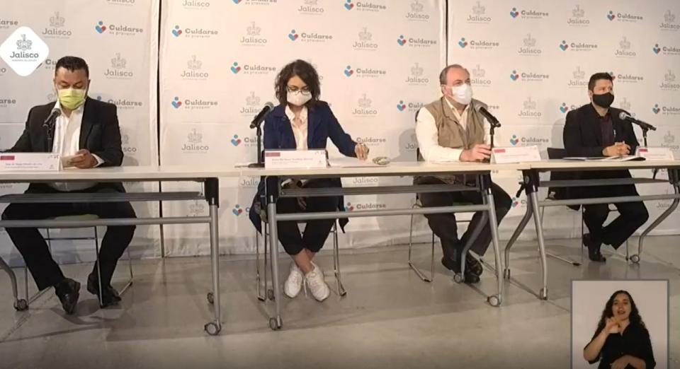 Conferencia Salud Jalisco hablando sobre la alza de casos del dengue