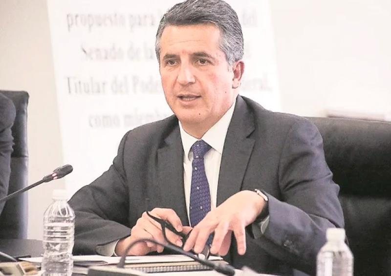 Director de Inegi- Santaella-posivito covid-19