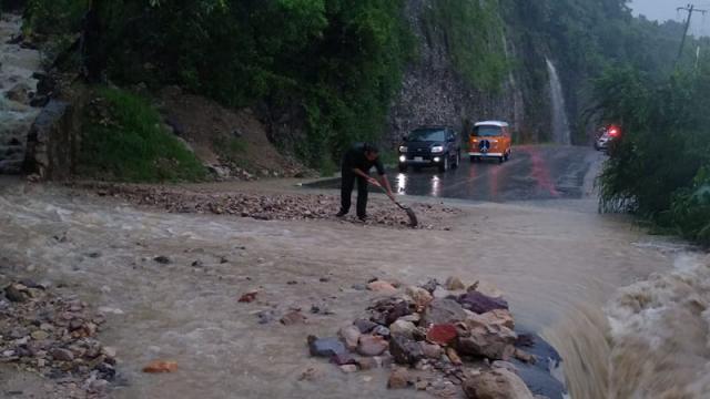 Carretera federal 200 a la altura de Playa Palmares
