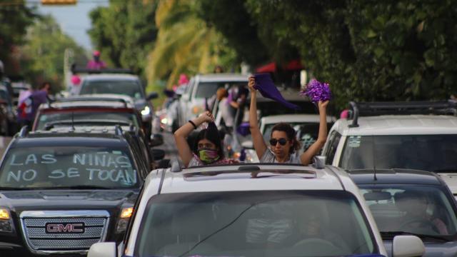 Cientos exigen justicia; piden todo el peso de la Ley a Valdivia