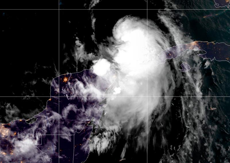 tormenta tropical Laura