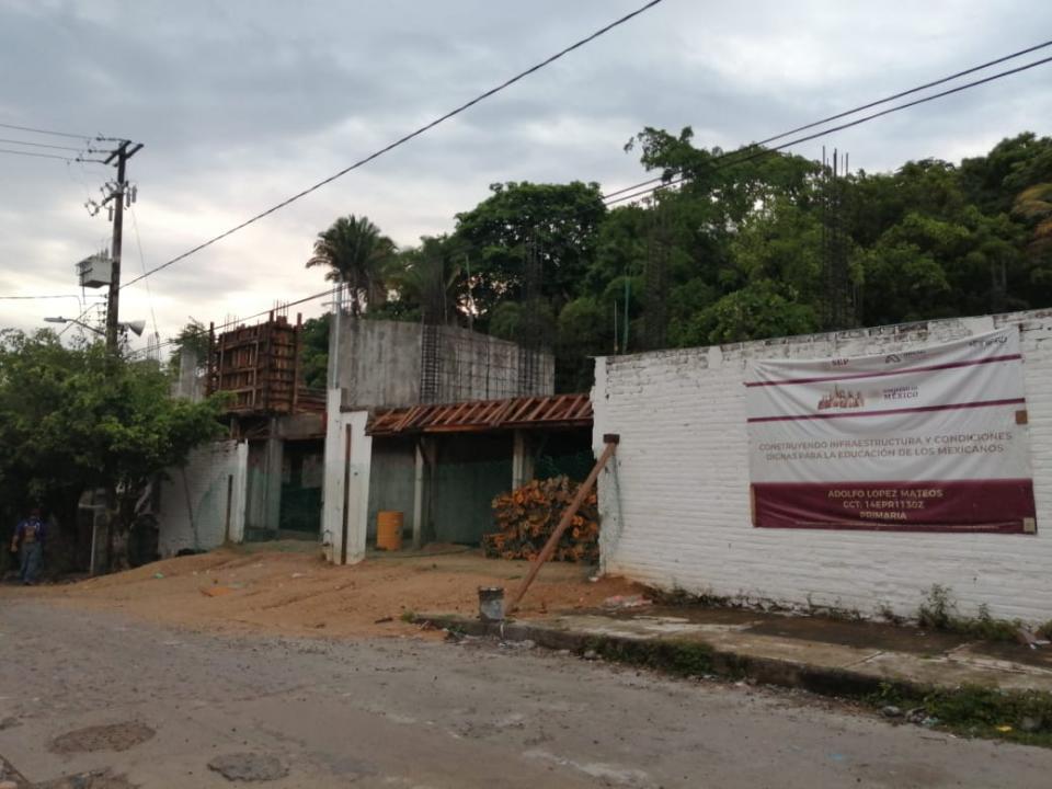 Avances construcción de la escuela Adolfo López Mateos