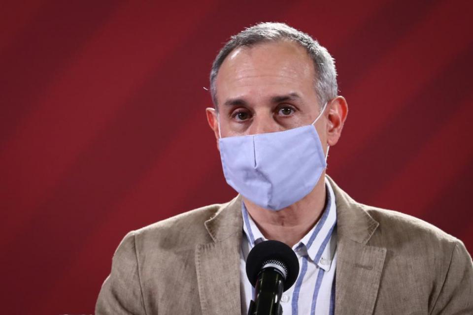 Hugo López-Gatell en la conferencia de prensa por el Covid-19