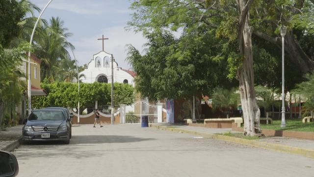 Iglesia de la Cruz de Huanacaxtle en Bahía de Banderas