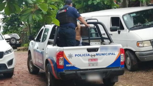 Policía Municipal detuvieron a un hombre por robo de autopartes.