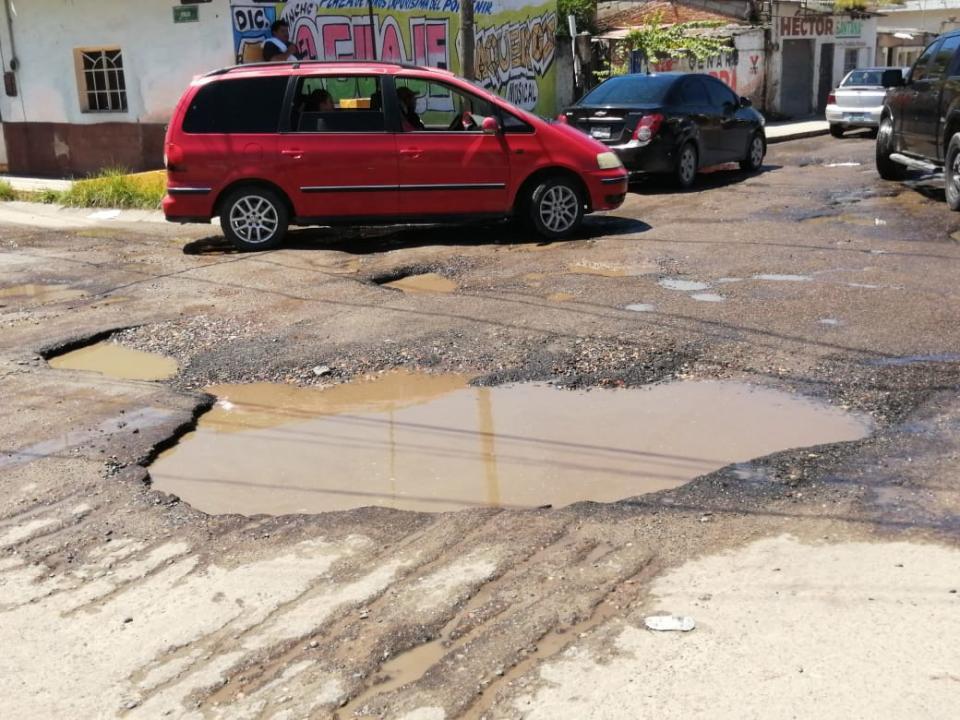 Baches en calle de Bahía de Banderas