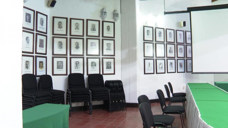 Salón Cabildo con presidentes municipales