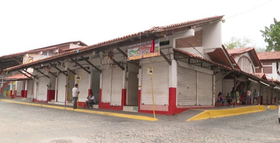 Mercado del río Cuale