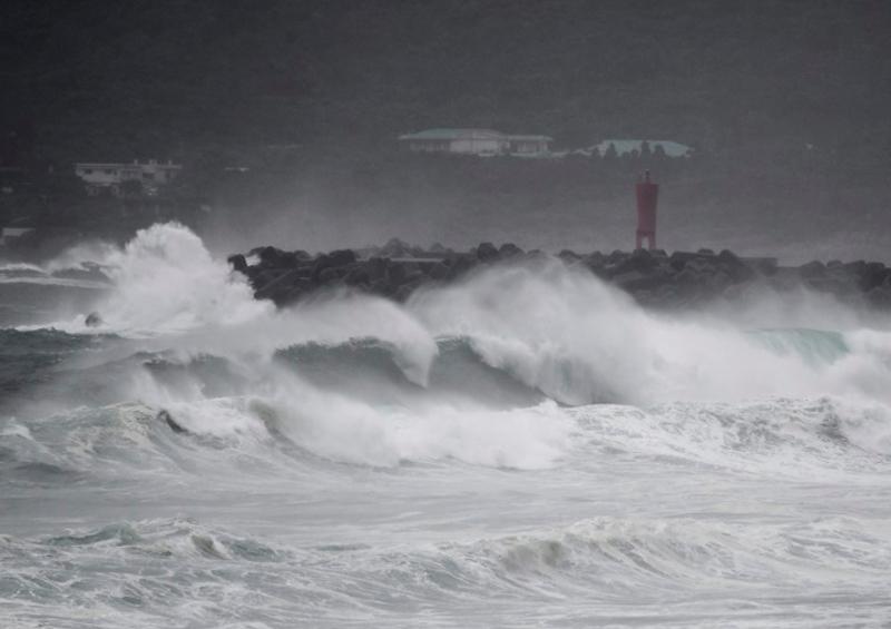 tifón Haishen