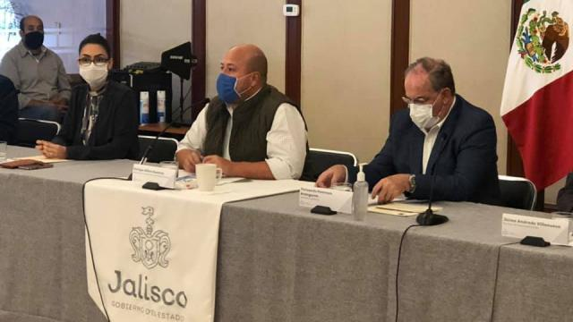 Enrique Alfaro en rueda de prensa