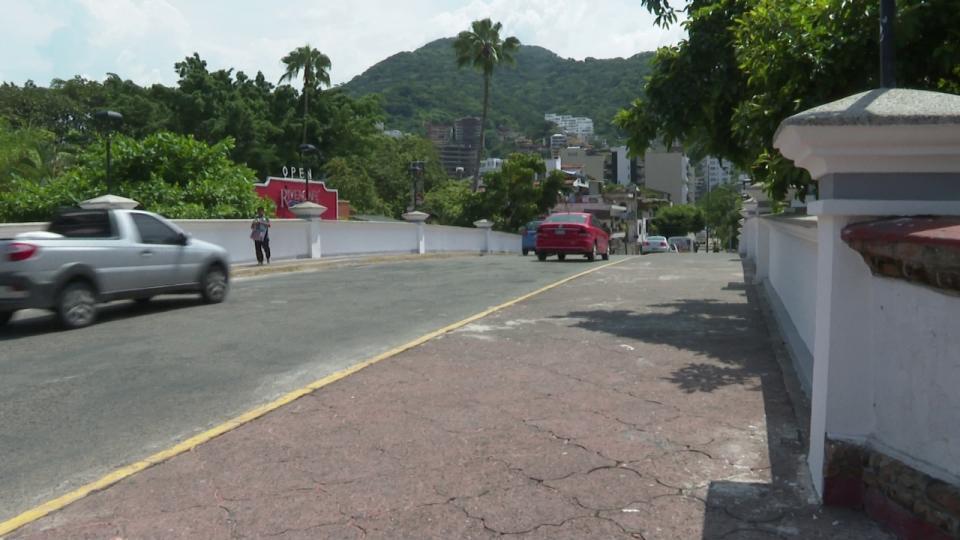 Puente río Cuale